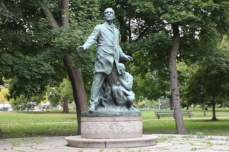 1. altgeld monument